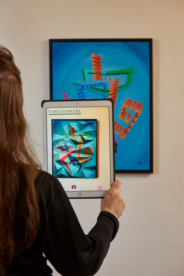 Andromo Augmented Reality Sculpture Over acrylic on canvas being Trigged by Artmented App.