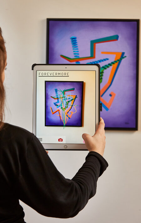 Mozinerine Augmented Reality Sculpture Over acrylic on canvas being Trigged by Artmented App.